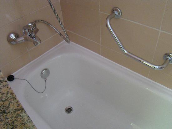 Baño De Tina Con Miel:La Tina de Baño: fotografía de ClubHotel Riu Bambu, Punta Cana