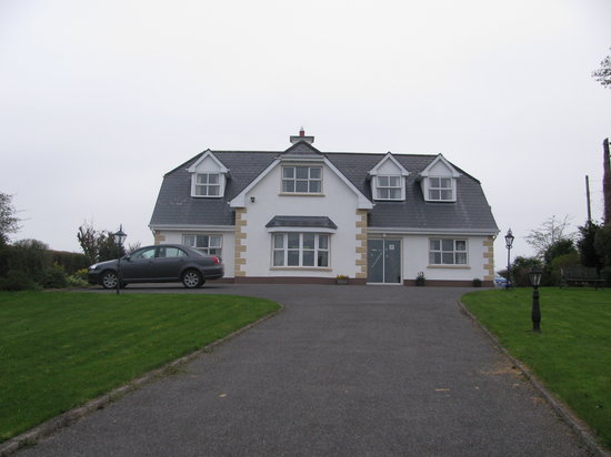 Castlerea, ไอร์แลนด์: Armcashel B&B - Absolutely Charming
