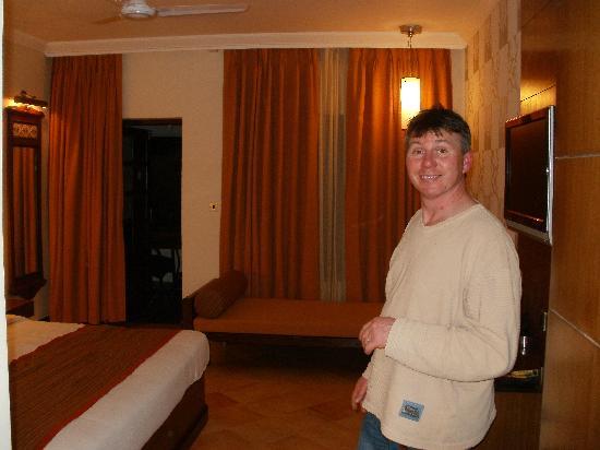 Heritage Village Resort & Spa Goa: Club Room
