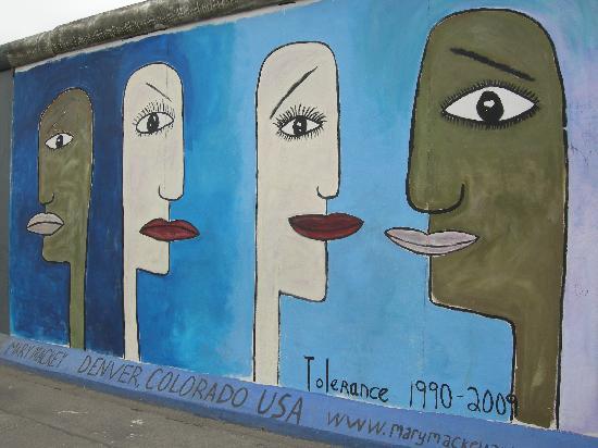 Ibis Budget Berlin Alexanderplatz: Muro di Berlino