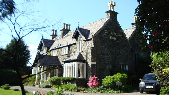 Cedar Manor Hotel and Restaurant: Cedar Manor
