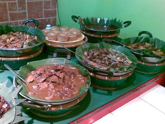Pacific Mall: Food Plaza