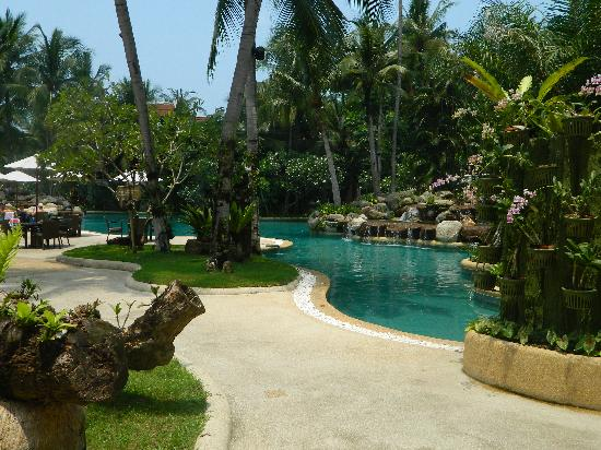 Thavorn Beach Village Resort & Spa: View of a very small portion of the huge pool