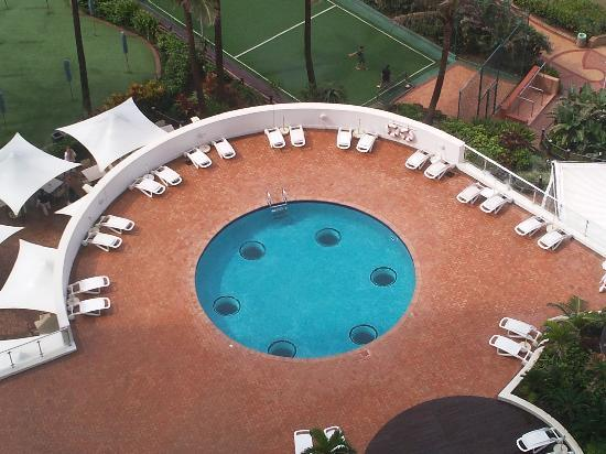 uMhlanga Sands Resort: The adult pool at Umhlanga Sands