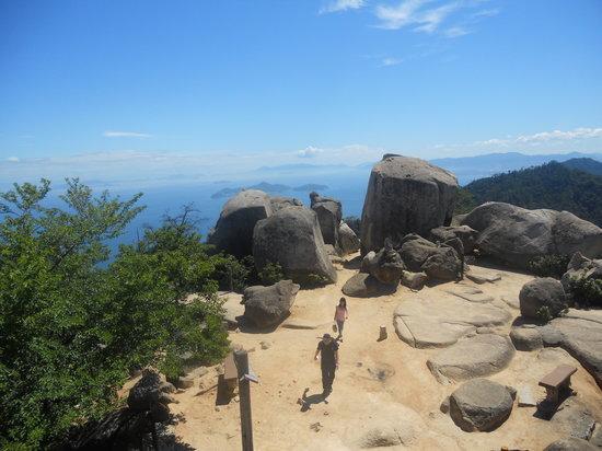 Hatsukaichi, Japan: Panorama che si gode dalla vetta
