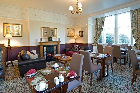 Chestnuts Guest House: Breakfast room