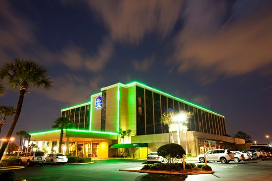 Best Western Orlando Gateway Hotel: The only Best Western PLUS in Orlando!