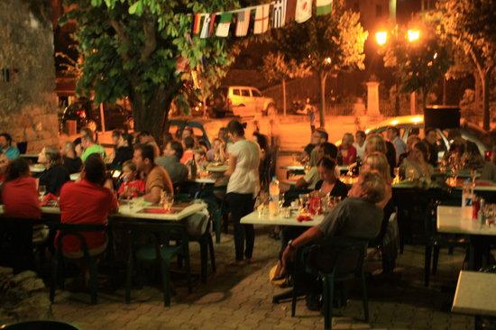 Le Café National