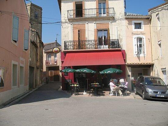 Ginestas, Francia: Exterior of restaurant
