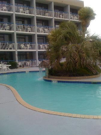 Travelodge Nags Head Beach Hotel / Outer Banks: pool