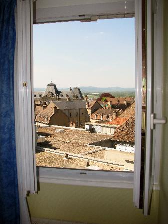 Logis de La Tete Noire: View out our window