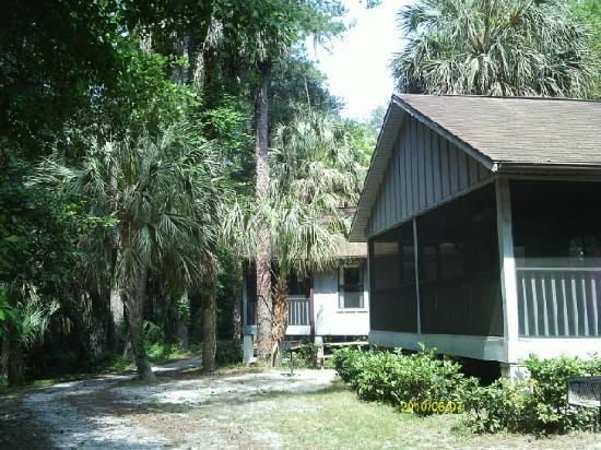Rainbow Rivers Club: Cabins at Preserve