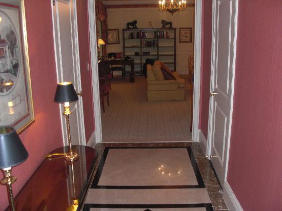 The Sherry-Netherland Hotel: The entrance of suite 714