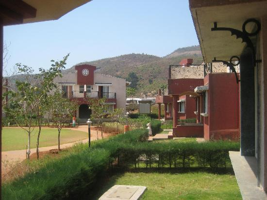 Mohili Meadows Resort: Cottages