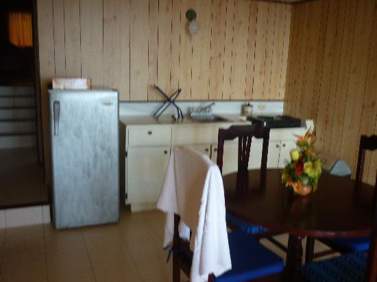 Apartahotel Tres Casitas: cocina