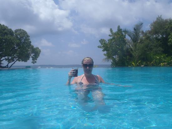 Adaaran Select Meedhupparu: Pool