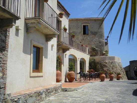 Borgo San Rocco Resort : ホテル正面