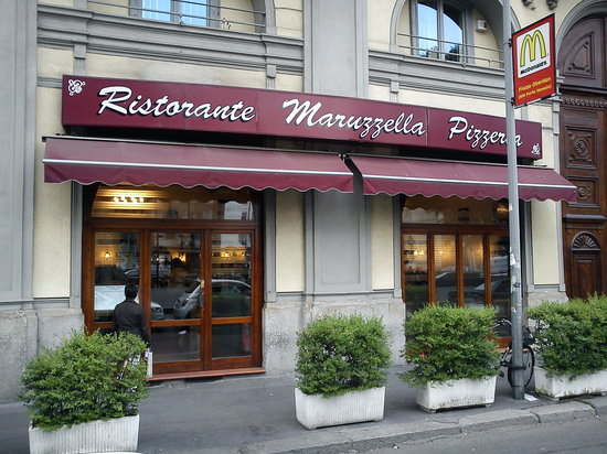 Restaurant Pizzeria Maruzzella: Façade extérieure
