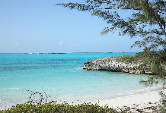 Great Exuma: Club La Shante in Forbes Hill, Little exuma
