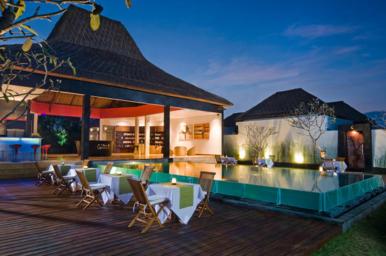 Amor Bali Villa: dinne area