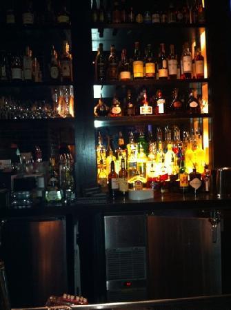 Post 390 : The Bar