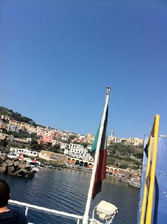 Ustica porto
