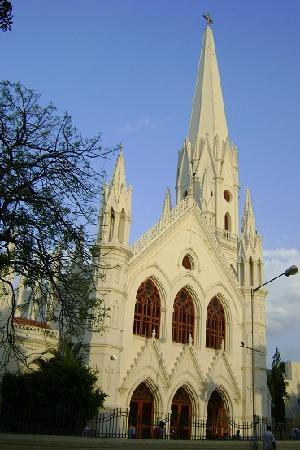 San Thome Church : なかなか立派な外観