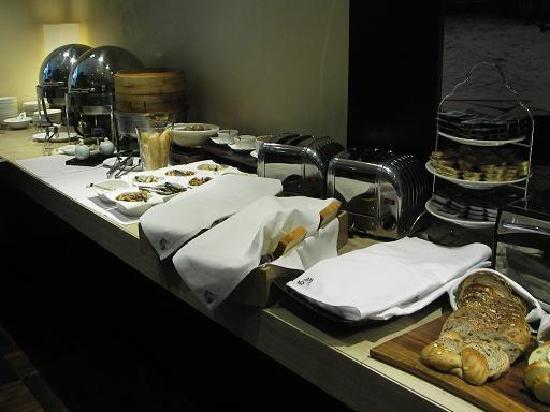 Les Suites Taipei Ching-cheng : 種類も豊富な朝食バフェ