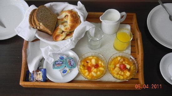 Ankara Suites: Café da manhã no quarto