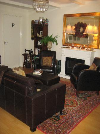 Boogaard's Bed and Breakfast: Third floor sitting room
