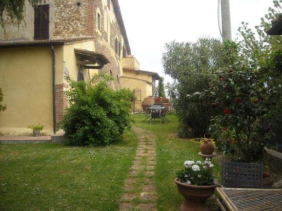 Torre Antica: giardino