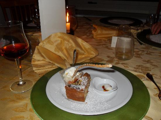 Best Western Hotel La Solara: Lovely dessert!
