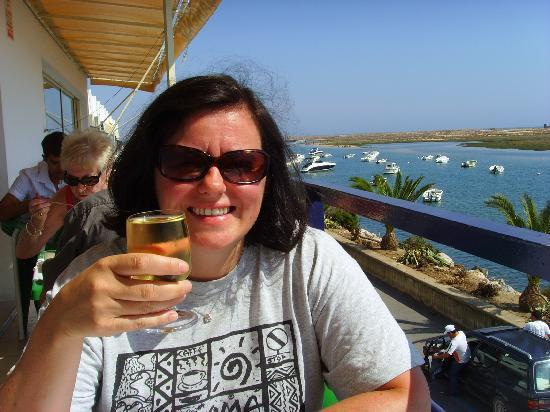Cabanas, Portugal: A leisurely lunch in the sun!