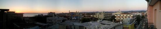 Hotel Christian Rivazzurra: vista panoramica dal terrazzo