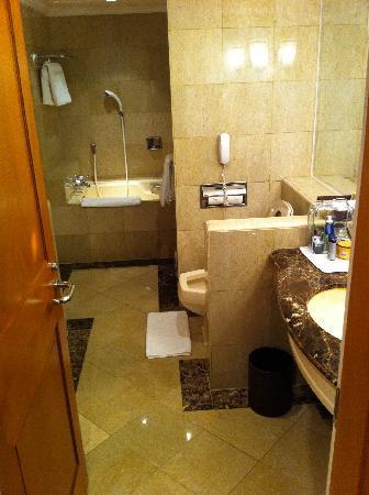 The Shilla Seoul : delux room bathroom