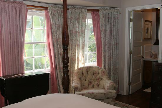 The Inn at 657: This guest  room,  (as do all) has great windows which open for the lovely summer breezes.