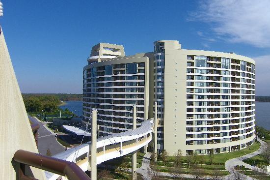 ดิสนี่ส์คอนเทมโพรารี่ รีสอร์ท: Bay Lake Towers from balcony