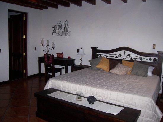 Hotel Tradiciones Antigua: Suite Semana Santa