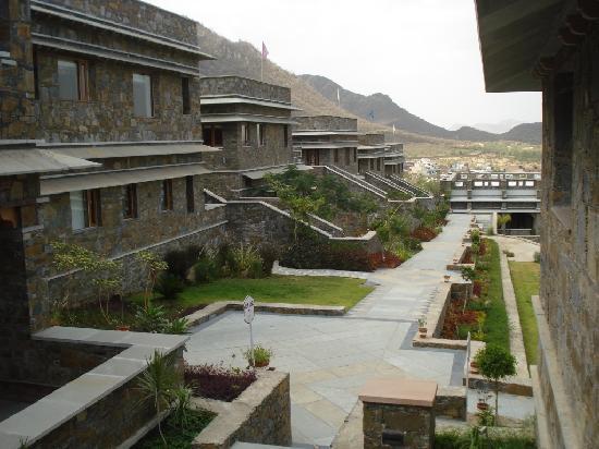 Ramada Udaipur Resort and Spa: Resort