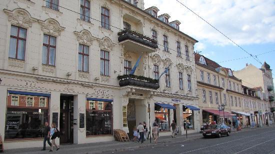 NH Potsdam : Entrance