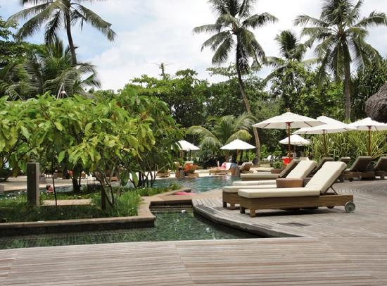 Constance Ephelia: Pool view next to our suite