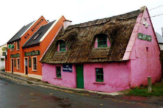Failte Tours: Irish Cottages