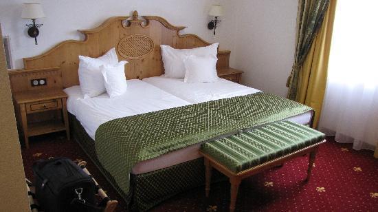 Mercure Sighisoara Binderbubi Hotel and Spa: Room