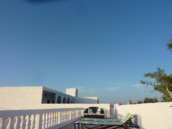 Les Mille et Une Nuits: photo prise du spa, terrasse sur le toit.