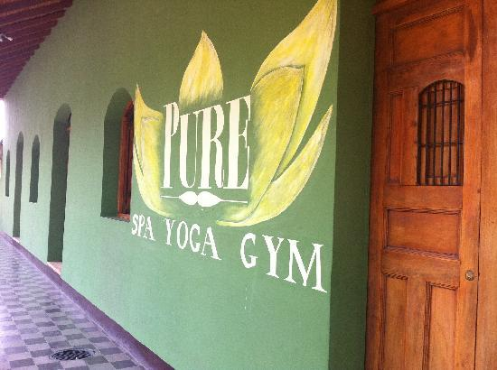 Pure Natural Health & Fitness Center: Spa