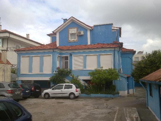 Hotel Senhor de Matosinhos: Vista desde el patio-garaje