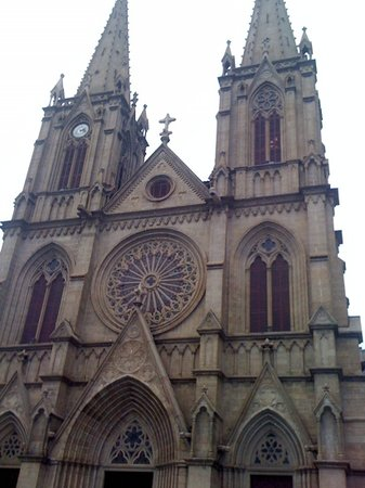 Sacred Heart Cathedral : 石室