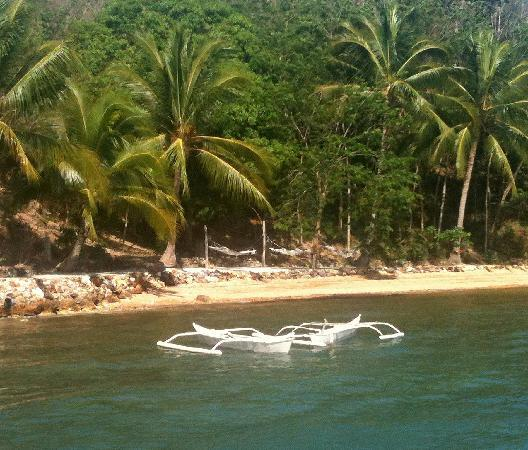 Chindonan Dive Resort: relax on a hammock in the afternoon (or after snorkeling) with a milkshake in hand
