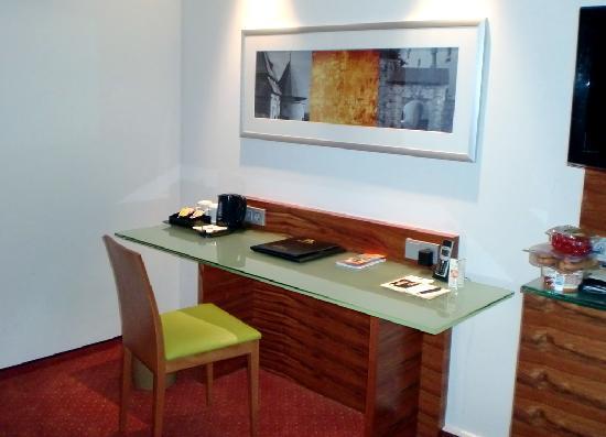BEST WESTERN PREMIER Schlosshotel Park Consul: Hotelzimmer