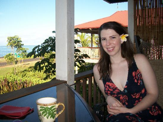 Hale Puka 'Ana: my wife after breakfast enjoying the view